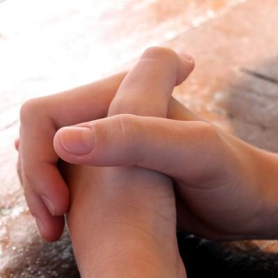 praying-614374_1280 rev